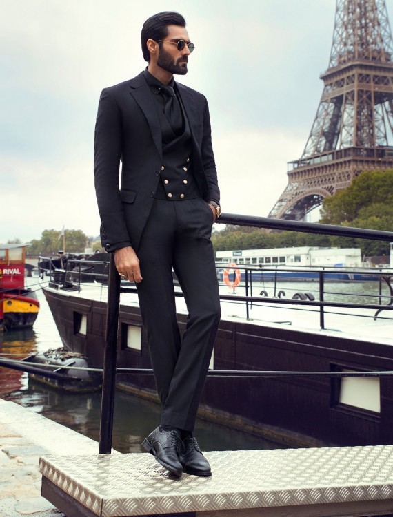 CLASSIC BLACK TWO BUTTONS SUIT