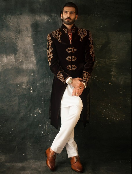 DEEP MAROON VELVET EMBROIDERED SHERWANI