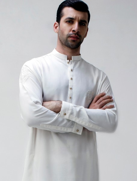 OFF WHITE APPLIQUE KAMEEZ SHALWAR