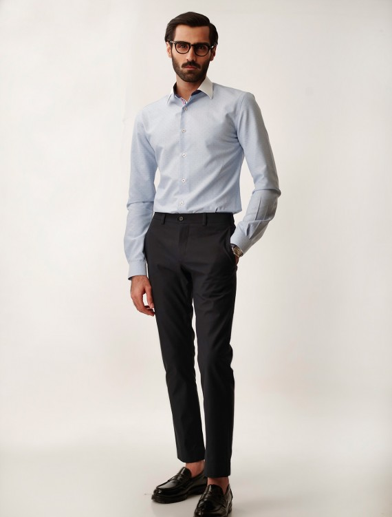WELL-STRUCTURED NAVY CHINOS WITH SIGNATURE RED STITCHED DETAILS